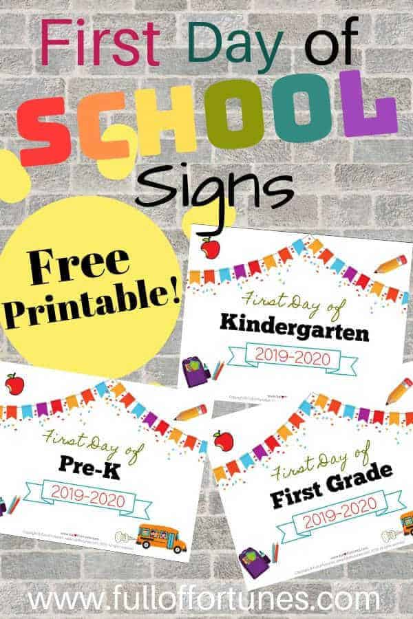 Grab these free printable First Day of School Signs for 2019-2020!